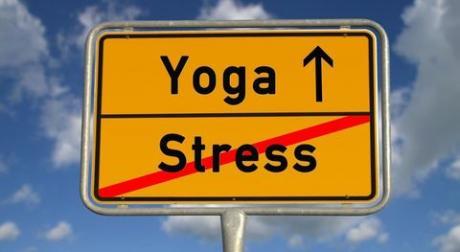 Как снять стресс с помощью йоги?